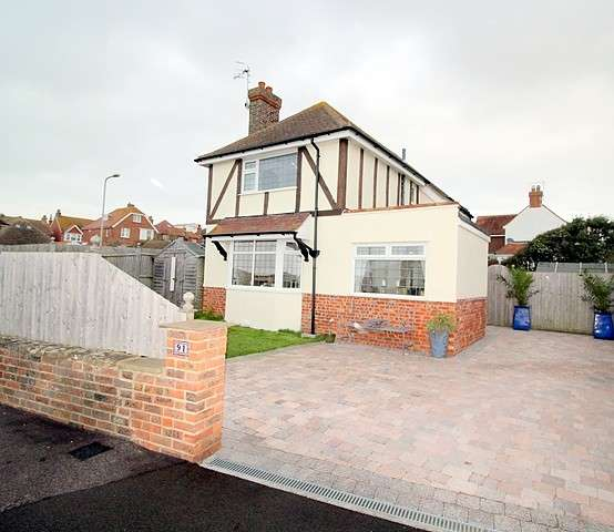 3 Bedrooms House for sale in Steyne Road, BN25