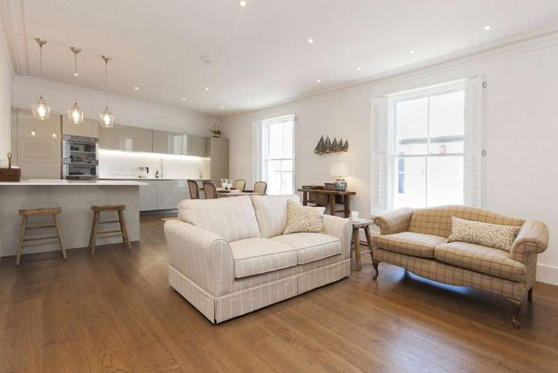 2 Bedrooms Apartment Flat for sale in Fore Street, Salcombe, Devon, TQ8