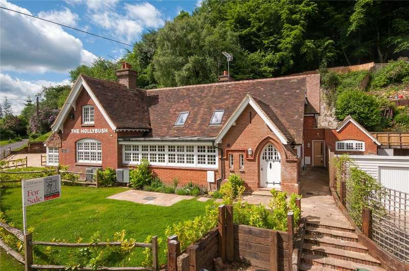 3 Bedrooms House for sale in Holmbury Hill Road, Holmbury St Mary, Dorking, RH5