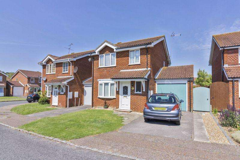 3 Bedrooms Detached House for sale in Kingfisher Close, Worthing