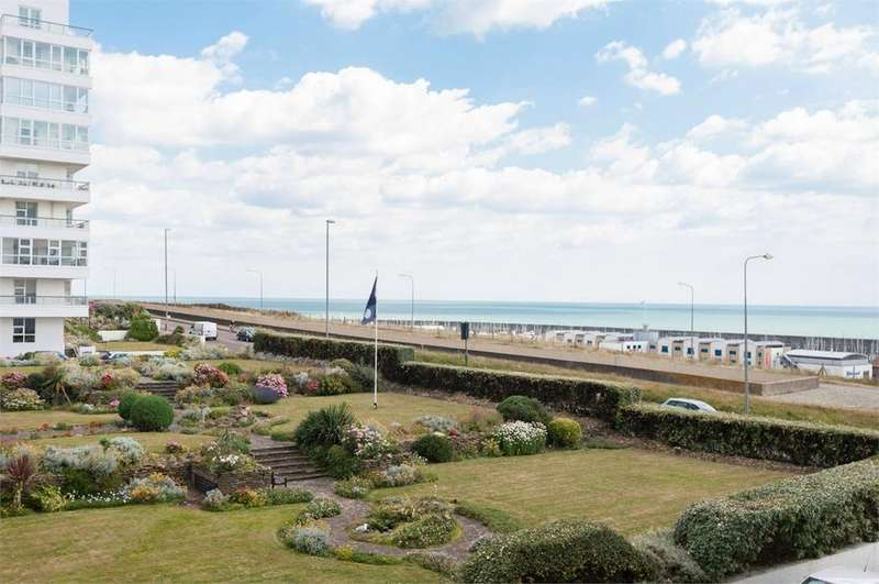 3 Bedrooms Apartment Flat for sale in Marine Gate, BRIGHTON, BN2