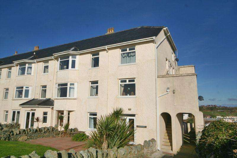 3 Bedrooms Apartment Flat for sale in Trearddur Bay, Anglesey
