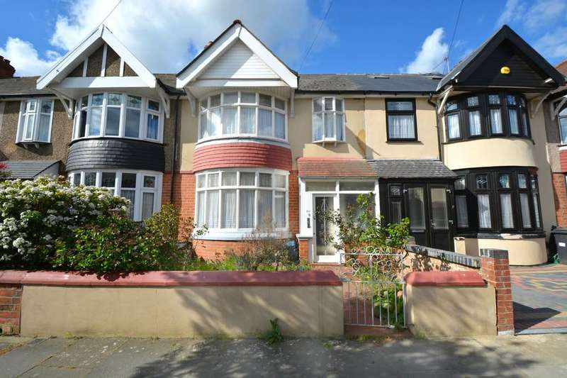 3 Bedrooms Terraced House for sale in Thurlestone Avenue, Ilford
