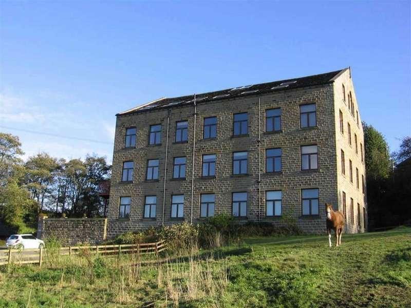 2 Bedrooms Flat for sale in Linfit Lane, Kirkburton, Hudddersfield, HD8