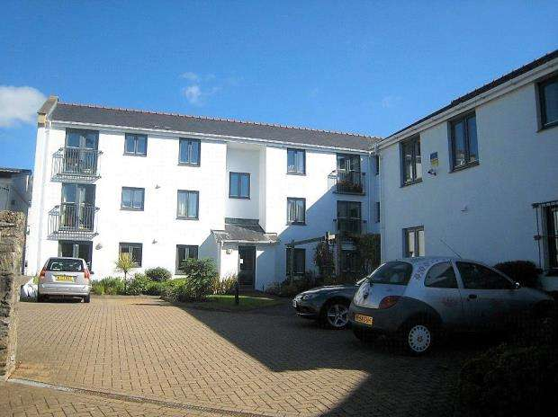 1 Bedroom Flat for sale in Highbridge Court, 96-100 Ridgeway, Plymouth, Devon