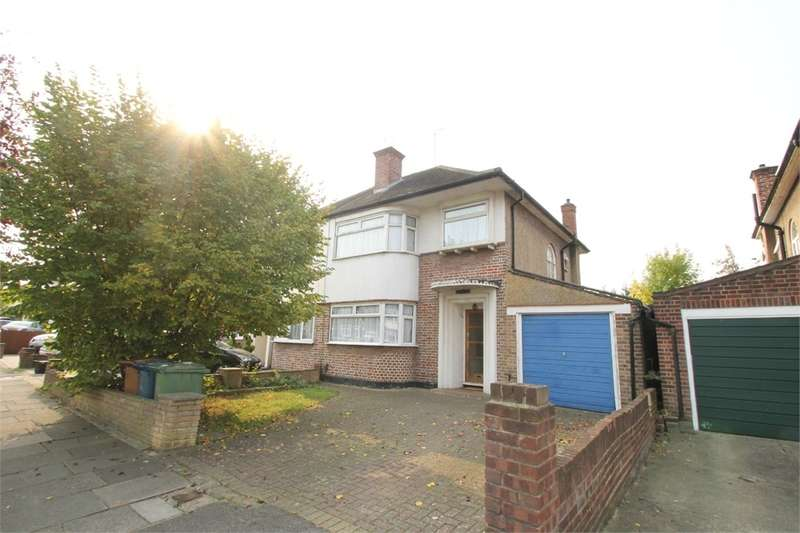 3 Bedrooms Semi Detached House for sale in The Ridgeway, HA2
