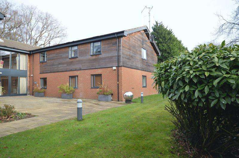 1 Bedroom Retirement Property for sale in Wispers Lane, Haslemere