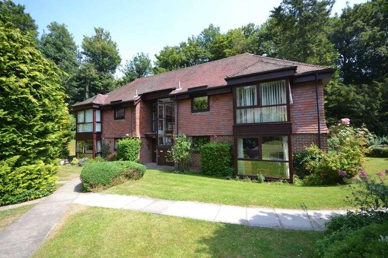 1 Bedroom Apartment Flat for sale in Woodrow Court, Caversham