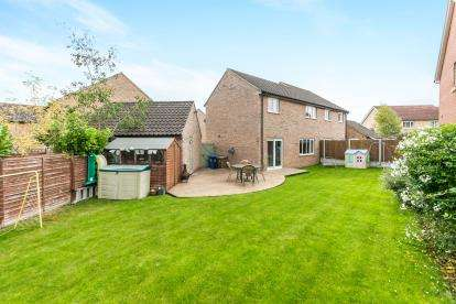 3 Bedrooms Semi Detached House for sale in Glemsford, Sudbury, Suffolk