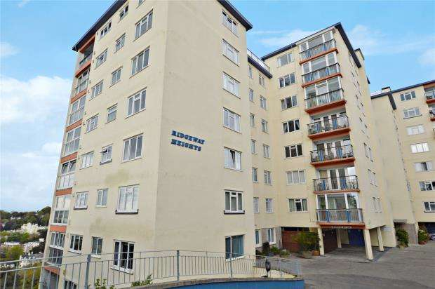 2 Bedrooms Flat for sale in Ridgeway Heights, Ridgeway Road, Torquay, Devon