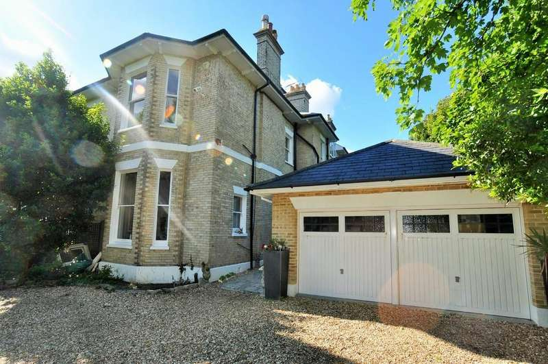 6 Bedrooms Semi Detached House for rent in East Cliff, Bournemouth