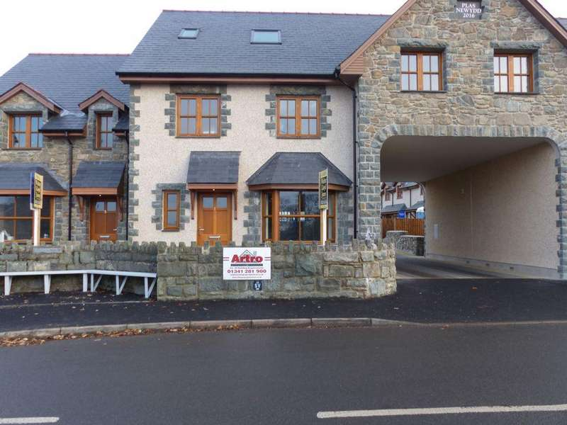 4 Bedrooms House for sale in 1 Plas Newydd, Llanbedr, LL45