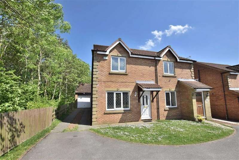 3 Bedrooms Semi Detached House for sale in Ducket Close, Richmond, North Yorkshire