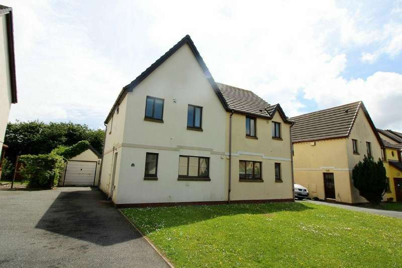3 Bedrooms Semi Detached House for sale in Honeyborough Grove, Neyland. SA73 1TQ