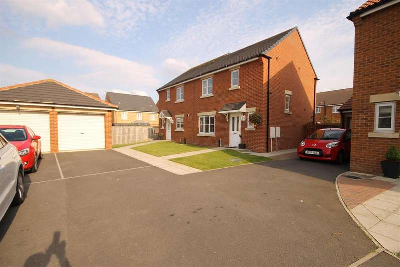 3 Bedrooms Semi Detached House for sale in Poppy Close, Bishop Cuthbert, Hartlepool