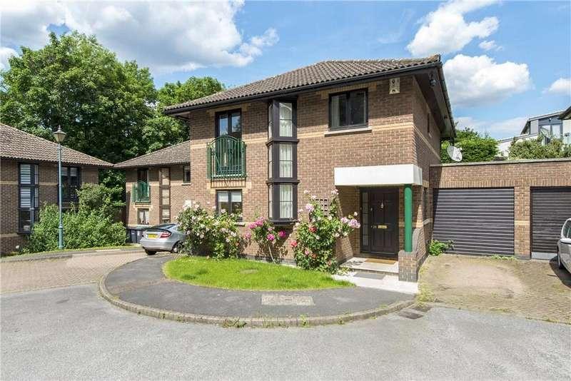 4 Bedrooms Detached House for sale in Ridgeway Gardens, Highgate, London, N6