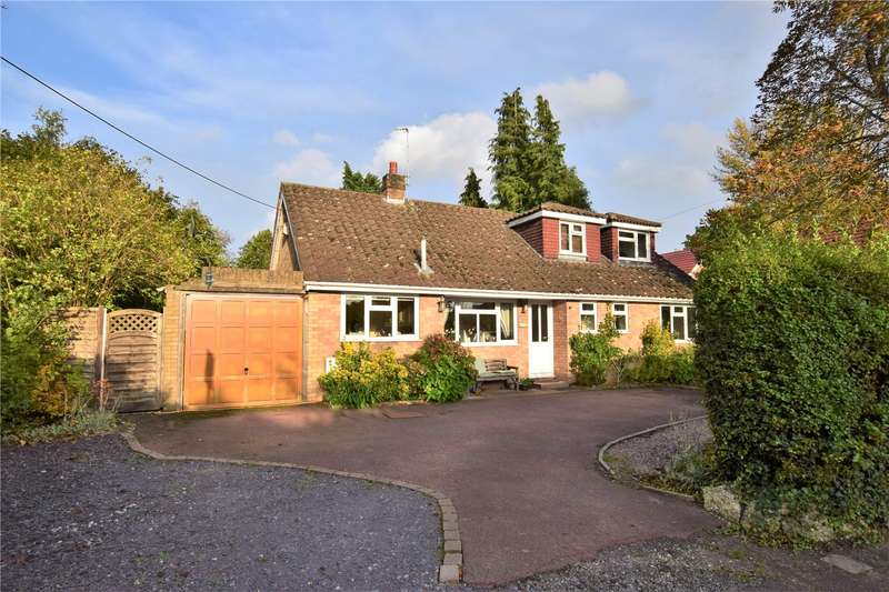 4 Bedrooms Detached House for sale in Bunces Lane, Burghfield Common, Berkshire, RG7