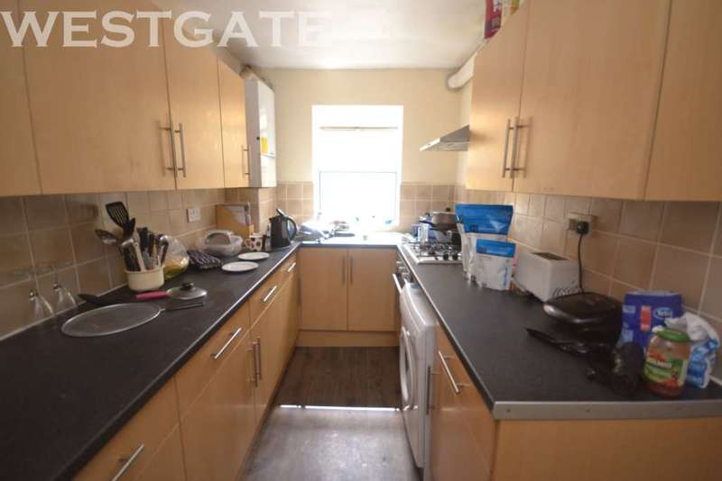 6 Bedrooms Terraced House for rent in Addington Road, Uni Area