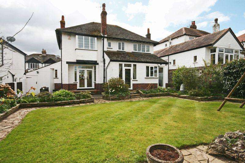 4 Bedrooms Detached House for sale in Highcross Avenue, Poulton-Le-Fylde