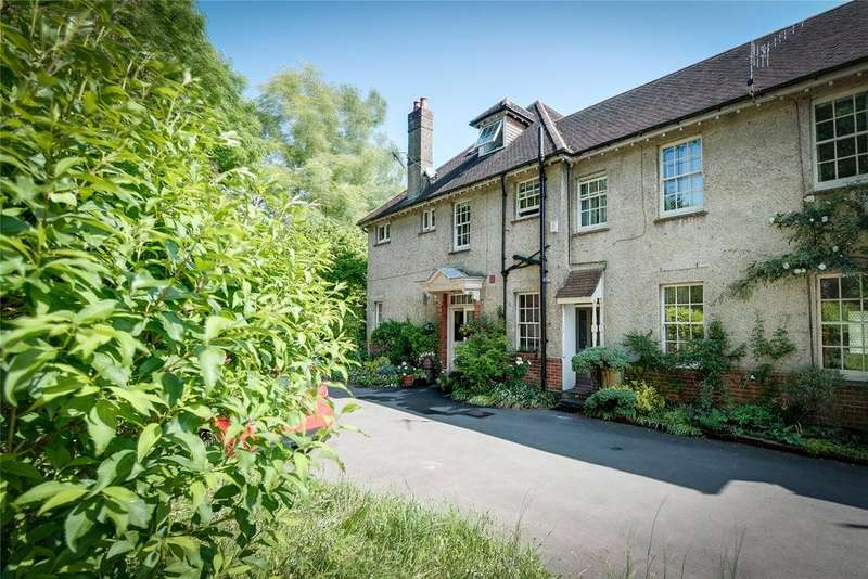 5 Bedrooms House for sale in Winchester, Hampshire, SO22