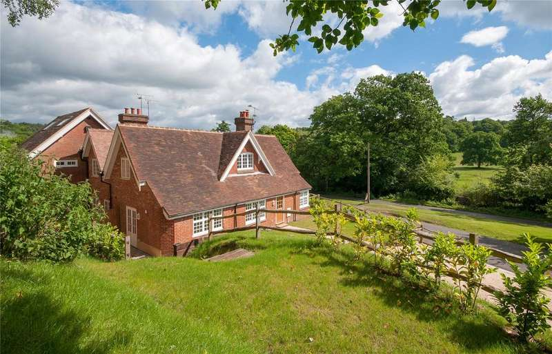 3 Bedrooms Semi Detached House for sale in Holmbury Hill Road, Holmbury St. Mary, Dorking, Surrey, RH5