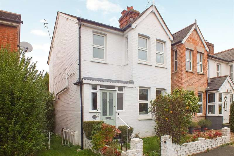 3 Bedrooms Mews House for sale in Cromwell Road, Camberley, Surrey, GU15