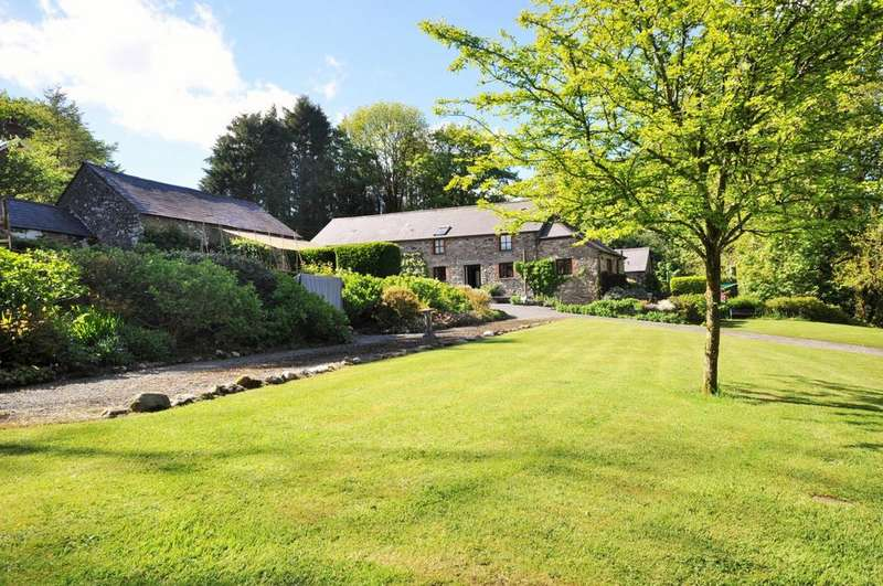 4 Bedrooms Farm House Character Property for sale in Bwthyn Teg Crychdu, Nebo, Bronwydd, Carmarthenshire SA33 6HN