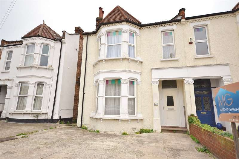 4 Bedrooms Semi Detached House for sale in Long Lane, Finchley, London, N3