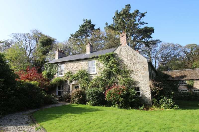 5 Bedrooms Detached House for sale in Tregullow, Scorrier, Redruth, TR16