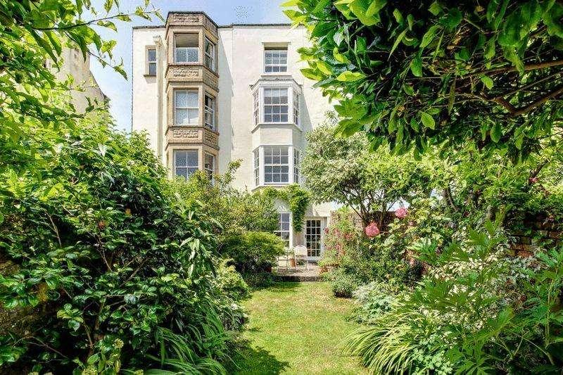 4 Bedrooms Terraced House for sale in Somerset Street, Kingsdown