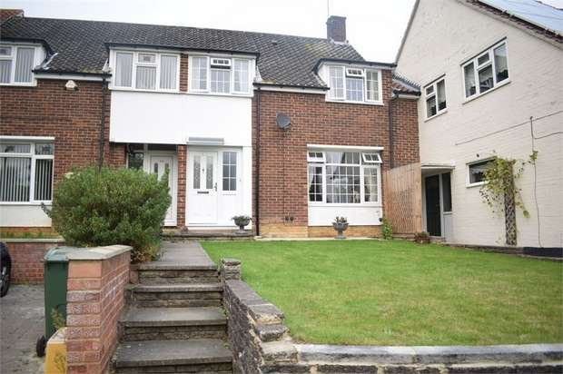 3 Bedrooms Terraced House for sale in Greenway, Billericay, Essex
