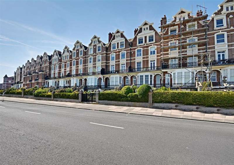 2 Bedrooms Flat for sale in Knole Road, Bexhill-On-Sea