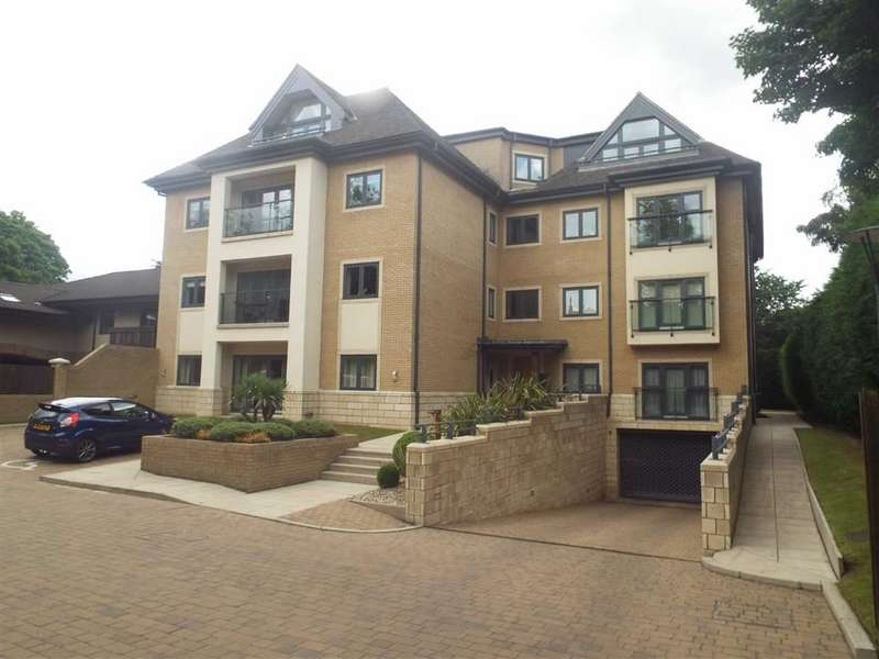 3 Bedrooms Apartment Flat for sale in The Grange, Salford