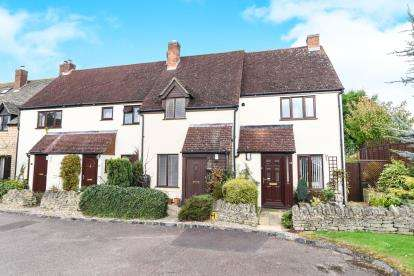 2 Bedrooms Terraced House for sale in Greyrick Court, Chipping Campden, Gloucestershire, Chipping Campden