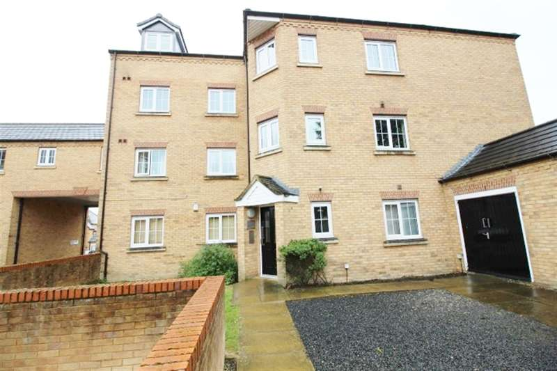 2 Bedrooms Flat for sale in Broadland Place, Pudsey, LS28 9GA