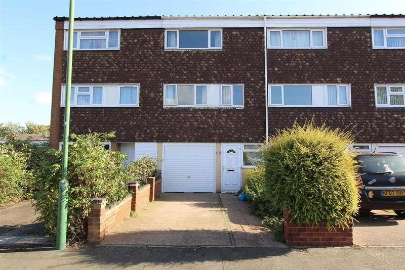3 Bedrooms Terraced House for rent in Waveney Croft, Smiths Wood