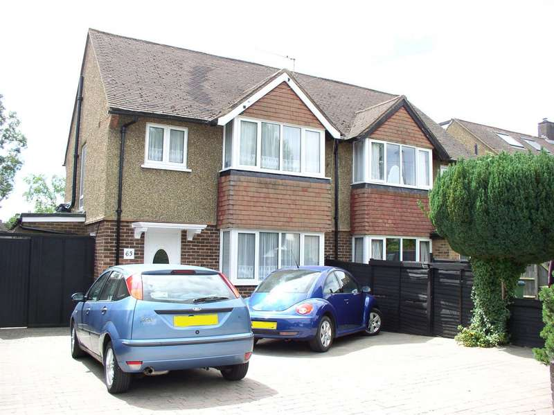 3 Bedrooms Semi Detached House for sale in Burwood Road, Hersham, Walton-On-Thames