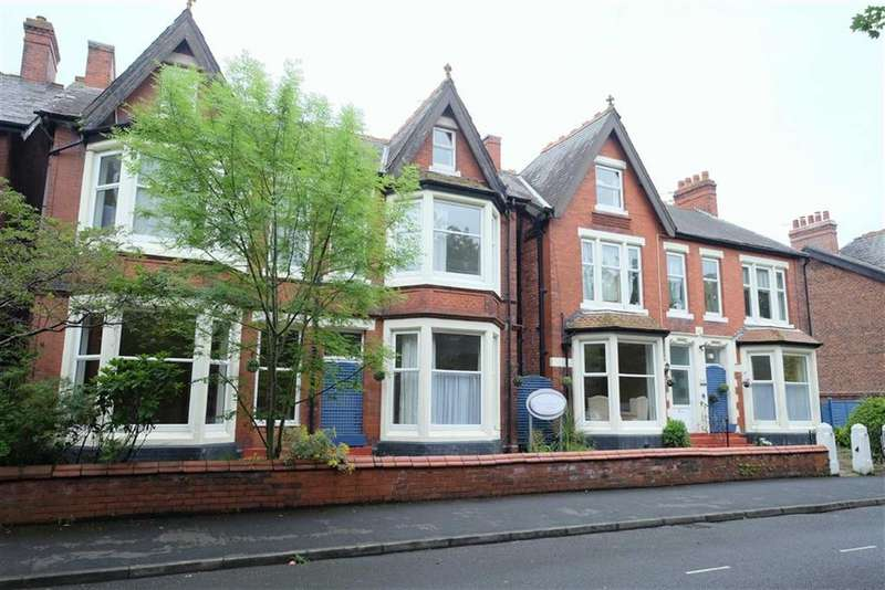 4 Bedrooms Semi Detached House for sale in Cleveland Road, Lytham