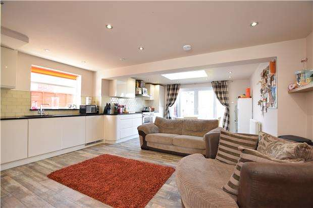 3 Bedrooms Semi Detached House for sale in Court Farm Road, BS14 0ED