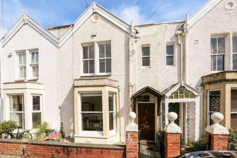3 Bedrooms Terraced House for sale in Queen Victoria Road, Westbury Park