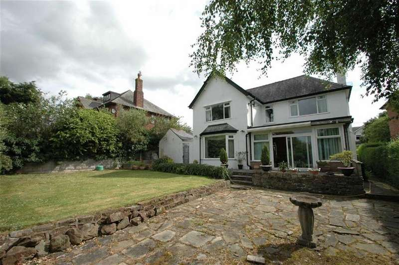 4 Bedrooms Detached House for sale in Church Lane, Upton, Chester
