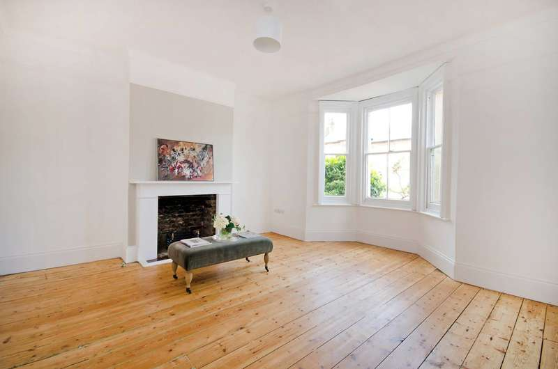 3 Bedrooms House for sale in Devonshire Road, Honor Oak Park, SE23