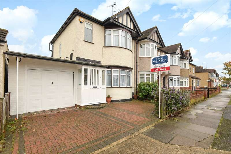 3 Bedrooms End Of Terrace House for sale in Hatherleigh Road, Ruislip, Middlesex, HA4
