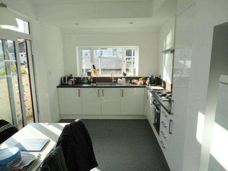 4 Bedrooms House for rent in Lisvane Street, , Cathays