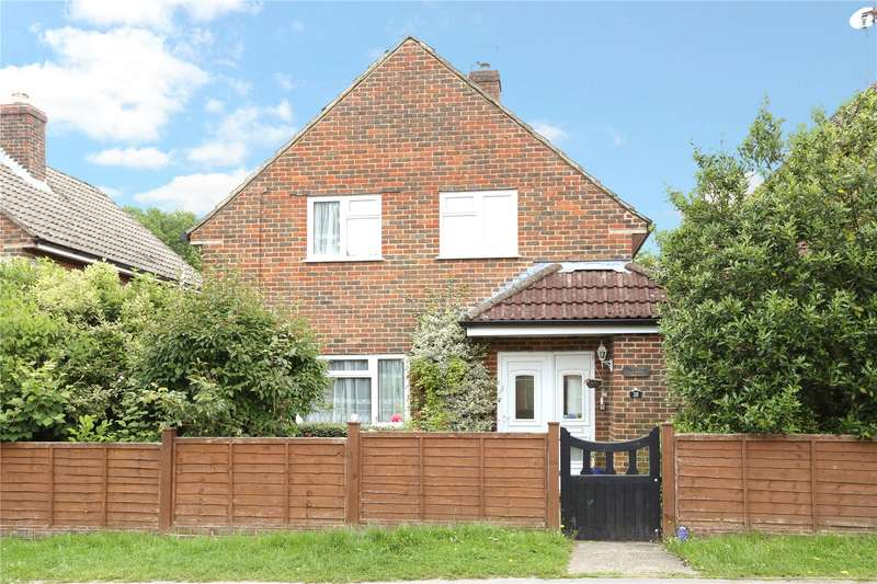 3 Bedrooms Detached House for sale in New Road, Haslemere, Surrey, GU27