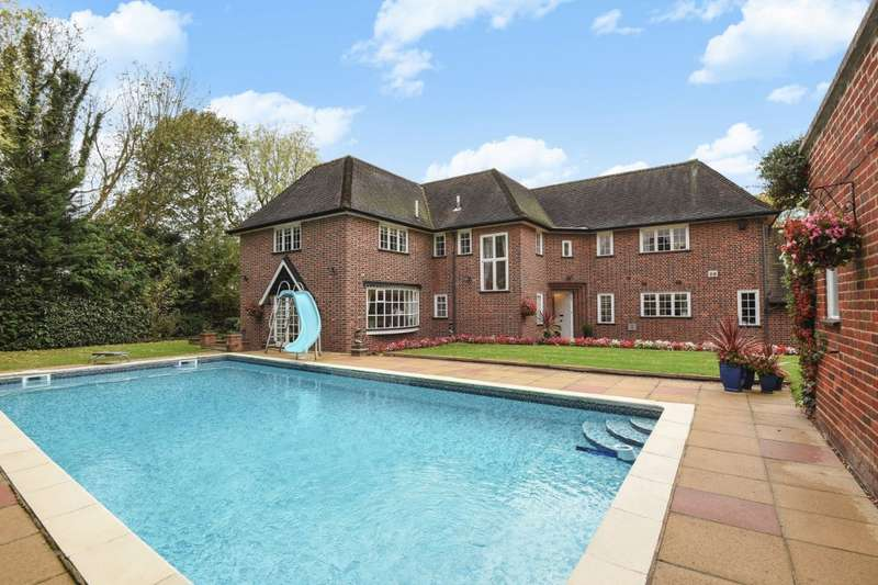 5 Bedrooms Detached House for sale in White Thorns South Hill Avenue, Harrow on the Hill, HA1