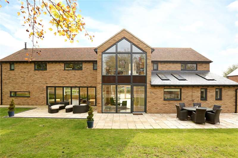 4 Bedrooms Detached House for sale in Latimer Chase, Chorleywood, Rickmansworth, Hertfordshire, WD3