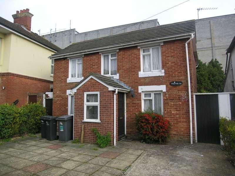 6 Bedrooms Detached House for rent in 6 bedroom property in Winton