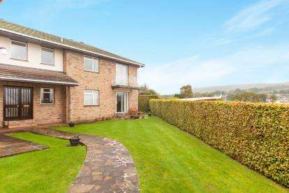 2 Bedrooms Flat for sale in Balfours, Sidmouth, Devon