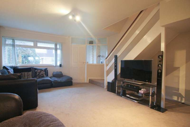 3 Bedrooms End Of Terrace House for sale in The Causeway, Pagham, Bognor Regis, West Sussex, PO21 4PQ